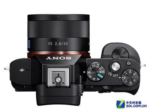 搭载28-70mm镜头 索尼A7套机降至9350元