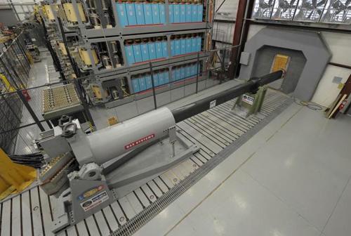 美军研发的电磁轨道炮(资料图片)