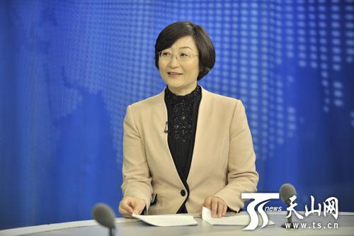 自治区党委安排部部务委员、自治区党委底层建设指导小组办公室主任刘艳梅承受采访。