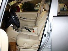 一汽丰田 花冠 1.6L AT 驾御席座椅无视图
