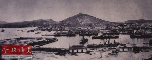 北洋海军旅顺基地东港,港内停泊着多艘北洋军舰。(资料图片)
