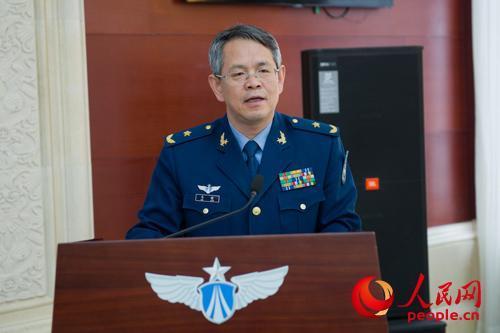 高校领导干部在空军指挥学院接受国防教育专题研修