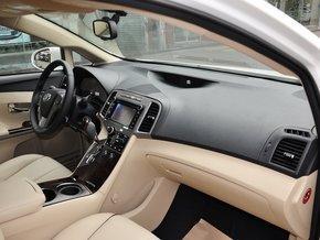 丰田(进口) 2.7L 自动 中控台右侧