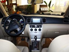 一汽丰田 1.6L 主动 中控台全体