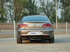 一汽-大众 1.8TSI DSG 车辆正后方尾部视角