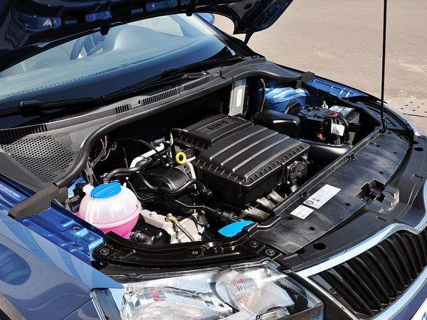 斯柯达 1.6L 自动 发动机主体特写