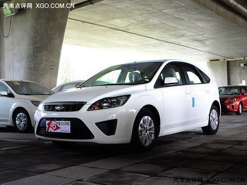 经典福克斯郑州现车销售 购车直降0.9万