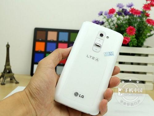 LG G2 反面图