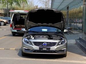 购沃尔沃V60郑州优惠1万元 送万元礼包