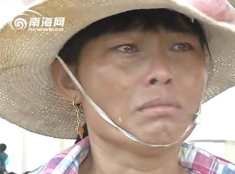 海南哀鸿见记者堕泪 称孩儿抱病药品不敷(图)