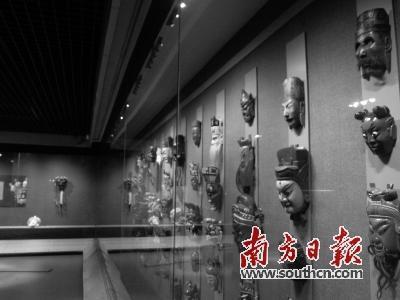贵州傩戏傩面具艺术展亮相广州 系国家级非遗(图)