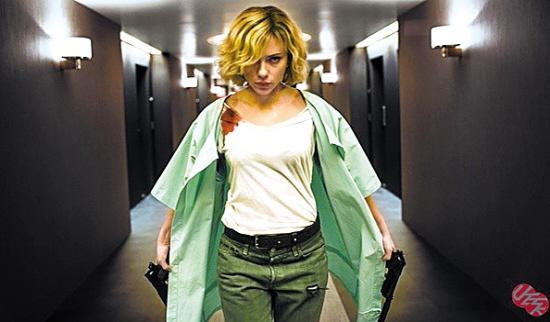 超体女主角生活照