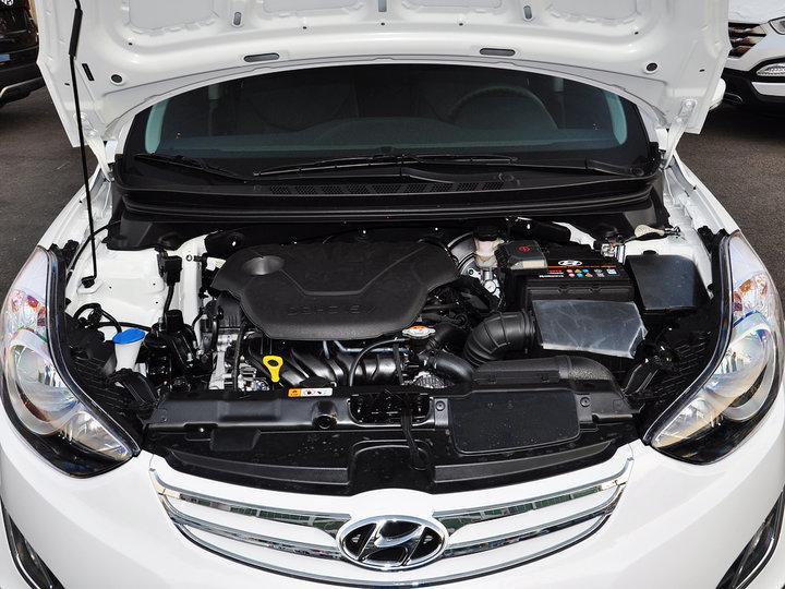 在动力方面,朗动全系共有两种不同排量的发动机,搭载了γ1.6及nu1.