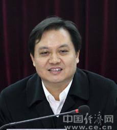 湖北孝感市委副书记潘启胜任长江传媒董事长(图)