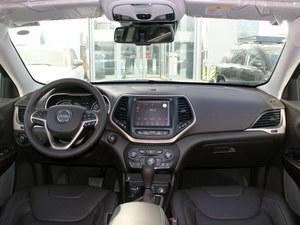 北京 Jeep自由光送4万元礼包 现车充足颜色全高清图片
