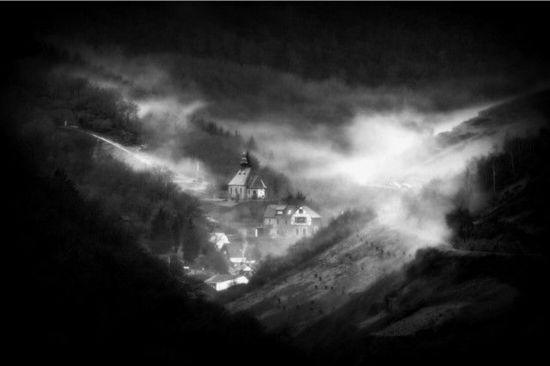 摆脱色彩的束缚 细数黑白摄影常见题材