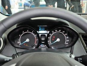 长安福特 两厢 1.5L 自动 方向盘后方仪表盘