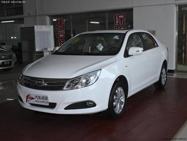 济南:比亚迪速锐最高优惠0.75万元 现车充足