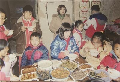 新闻中心 社会新闻    云鹤小学是溧水晶桥镇的一所中心小学,日前,本