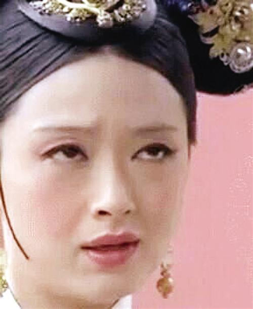 """""""最强白眼教程""""走红网络 多位明星""""躺枪""""(图)"""