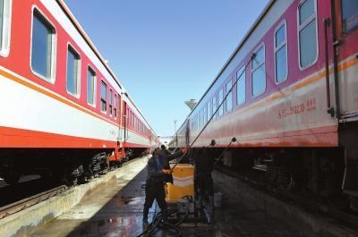 铁路总公司:铁路公司盈亏将与员工工资挂钩