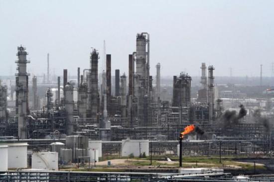 美国石油工人大罢工 涉及9个炼油厂