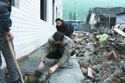 重访北京援建的四川地震灾区 居民即将住上新房