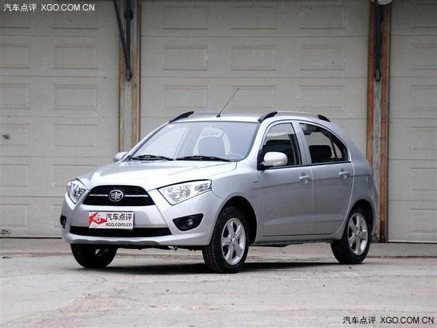天津一汽将夏利称为一款mini suv车型,主动安全方面夏利n7高清图片
