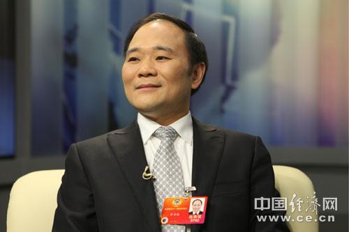 全国政协委员,吉利集团董事长李书福