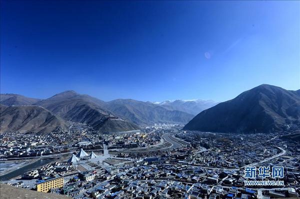 在悲傷中學會前行:地震五周年玉樹擁有大城市模樣