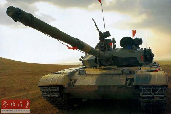 99大改坦克多少钱一辆 一门反坦克炮瞄准一辆坦克 - 点击图片进入下一页