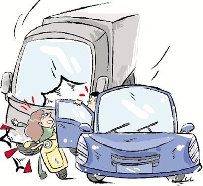 郑州一事故4个违章 逆行男子撞逆行轿车后被货车碾死