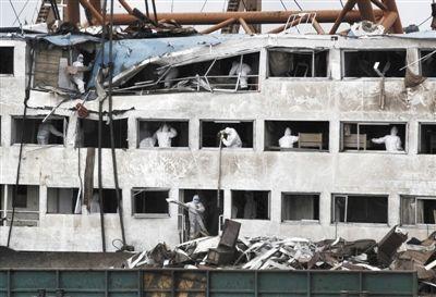 长江沉船已确认432人遇难 搜寻范围扩至上海