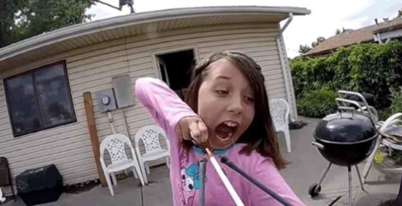 美国11岁女生用组图拔牙震惊网民(弓弩)-中国日本女孩的第一次图片