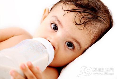 宝宝吃配方奶不用补维生素D