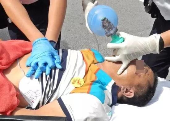 黑龙江男子香港旅游被打身亡