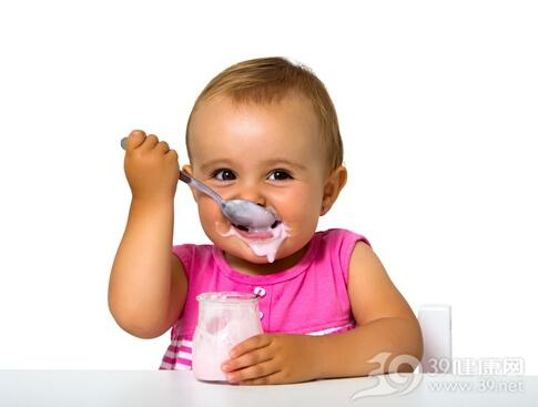 给宝宝喝酸奶 先弄清这几个问题