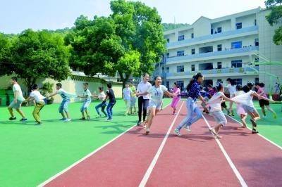 上海质监部门将制定跑道副剂添加标准