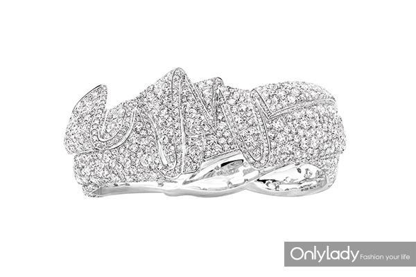 Dior高级珠宝Archi-Dior-Ailee系列白金手镯