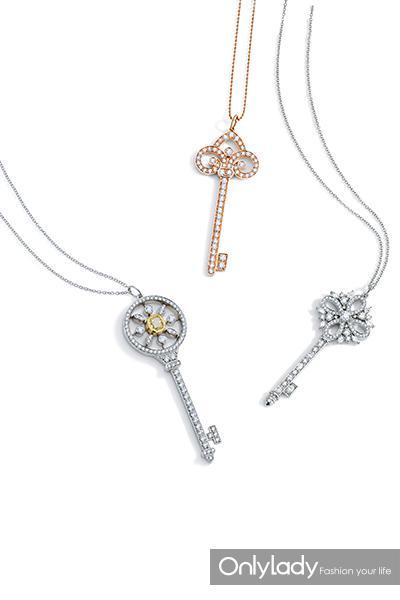 26.自左向右:Tiffany-&-Co