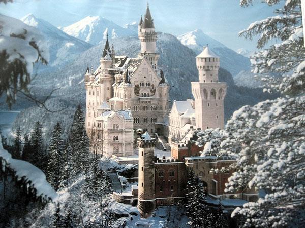 许多人前往德国在冬季,因为该国拥有一流的冬季运动胜地,顶级的圣诞市场和迷人的冬季...