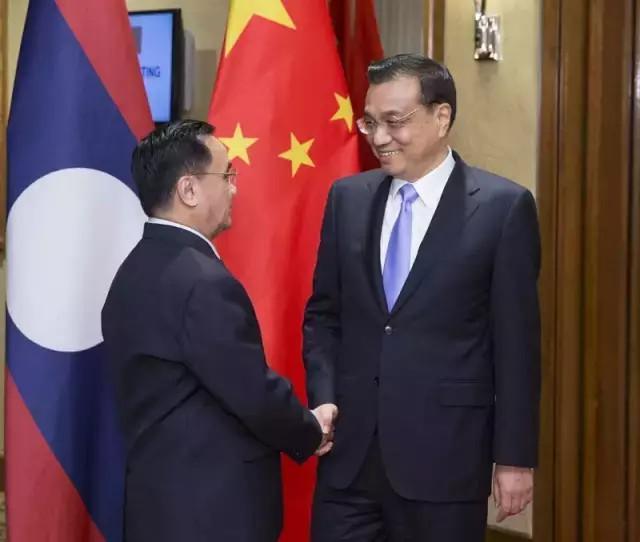 邢�9n��iy.'9c.�c.�fh_国务院总理李克强当地时间21日晚在吉隆坡下榻饭店会见老挝总理通邢.