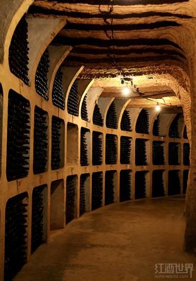 涨姿势:原来葡萄酒也有世界七大奇迹