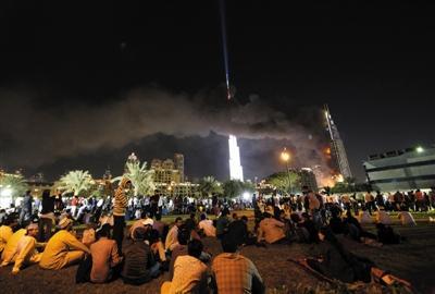 """火警恐袭警报响起 多国新年跨年夜""""闹心"""""""