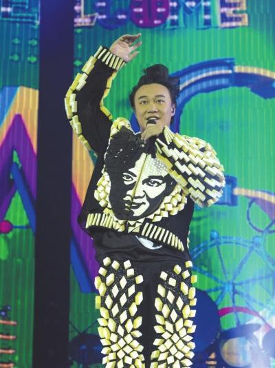 [明星爆料]陈奕迅献唱《心债》怀念梅艳芳:以示对她的敬意