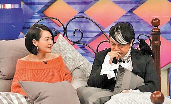 [热点新闻]小S深情告白蔡康永:除大S外,你是我最依赖的搭档