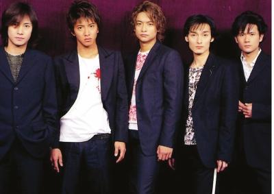 [热点新闻]日本男团SMAP4名成员出走 派系斗争后果惨烈