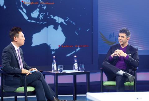 """p38 在央视《对话》节目录制现场,卡兰尼克表示,""""我是一个特别真诚的人,不像狼,一点都不好斗。"""""""