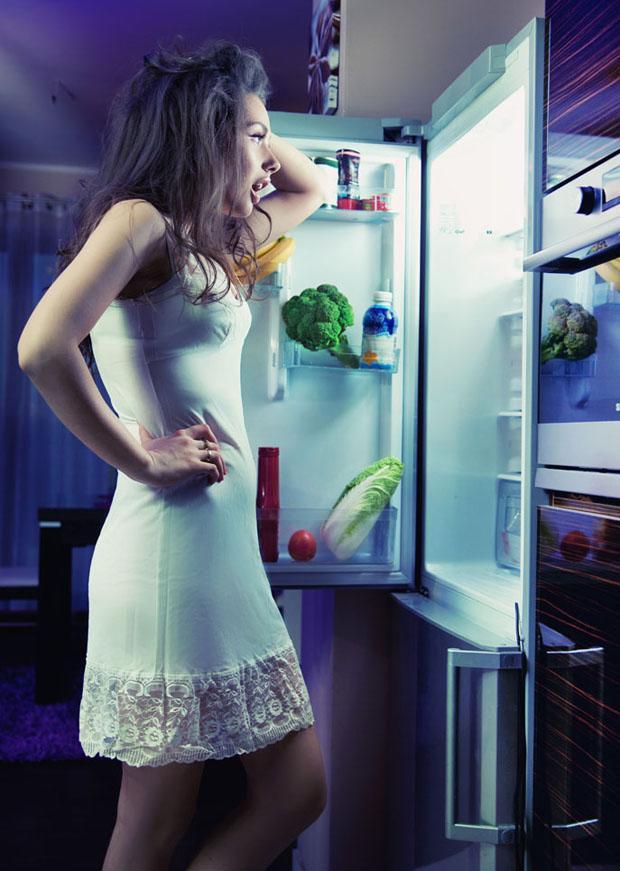 丝袜放冰箱里冷冻_冰箱的这些逆天妙用 总有一个深深震撼你- Micro Reading