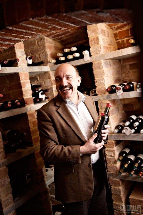 """有哪些头衔可以成就个人在葡萄酒界的""""江湖地位""""?"""